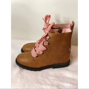Girls cat & jack brown boots with pink laces